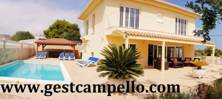 Chalet fantástico con piscina, wifi, air-co. vistas al mar.