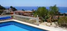Villa with pool and fastastic sea views in Coveta Fuma.